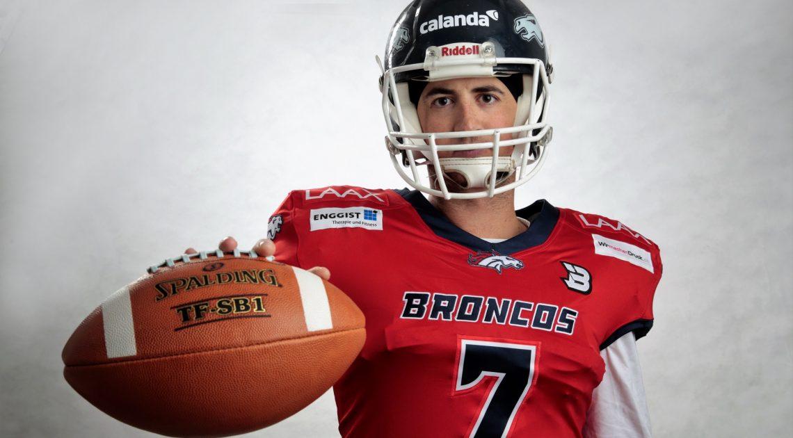 Broncos-Quarterback Conner Manning